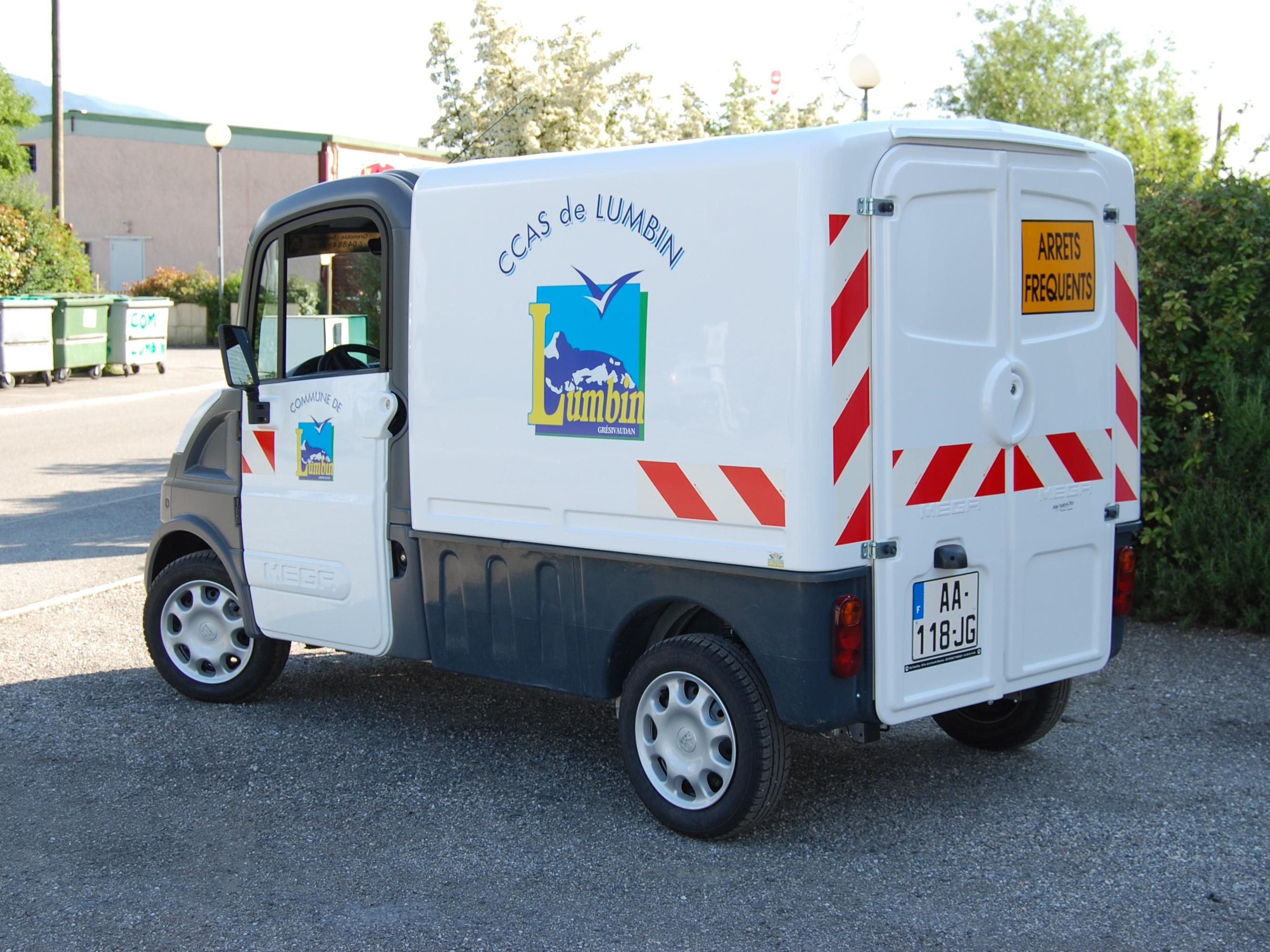 deco-vehicule-lumbin CCAS Pub grésivaudna imprimeur