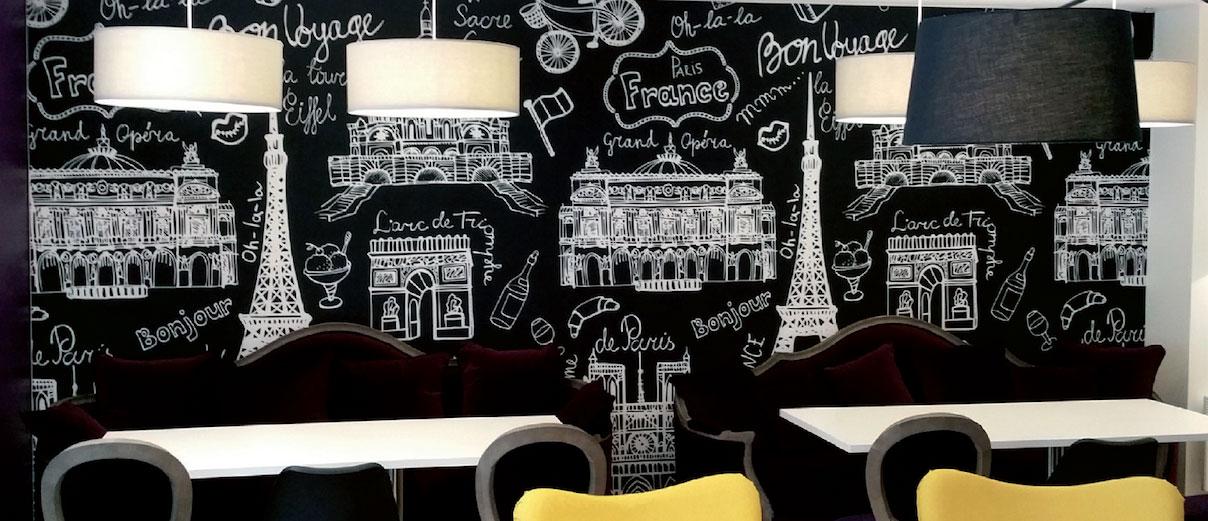 Décoration murale Restaurant SIGNALÉTIQUE EXTÉRIEURE SIGNALÉTIQUE INTÉRIEURE ENSEIGNE MARQUAGE VÉHICULES EVENEMENTIEL DÉCORATION / VITROPHANIE GRAVURE pub grésivaudan grenoble