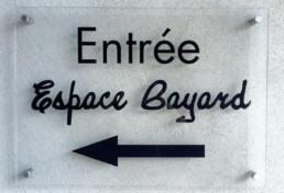 Espace Bayard SIGNALÉTIQUE EXTÉRIEURE SIGNALÉTIQUE INTÉRIEURE ENSEIGNE MARQUAGE VÉHICULES EVENEMENTIEL DÉCORATION / VITROPHANIE GRAVURE pub grésivaudan grenoble isere