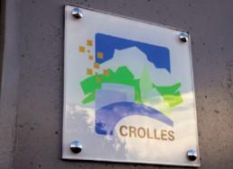gravure plaque signalétique ville de Crolles-isere-gresivaudan-logo-signalétique